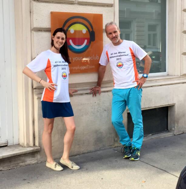 Carina Stepanek, Christian Drastil im Shirt von http://www.hoehenstrassenlauf.com (18.09.2015)