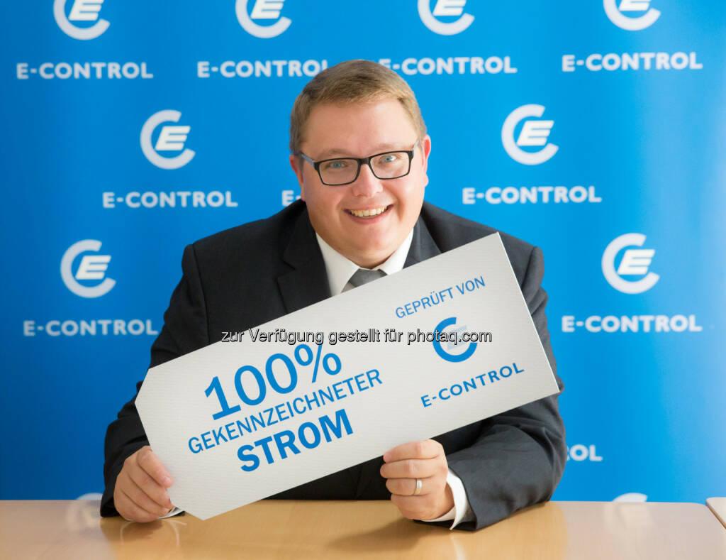 """Martin Graf  (E-Control-Vorstand) : """"Österreichs Stromkunden waren 2014 de facto atomstromfrei, der Strom war nahezu vollständig gekennzeichnet"""" : © Anna Rauchenberger, © Aussendung (21.09.2015)"""