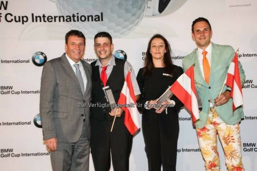 Kurt Egloff (BMW Group Austria Geschäftsführer), Alexander Pessl, Kathrin Klaus, Michael Kobliha : Die Sieger beim österreichischen Landesfinale des BMW Golf Cups International 2015 : © BMW Group, © Aussendung (22.09.2015)