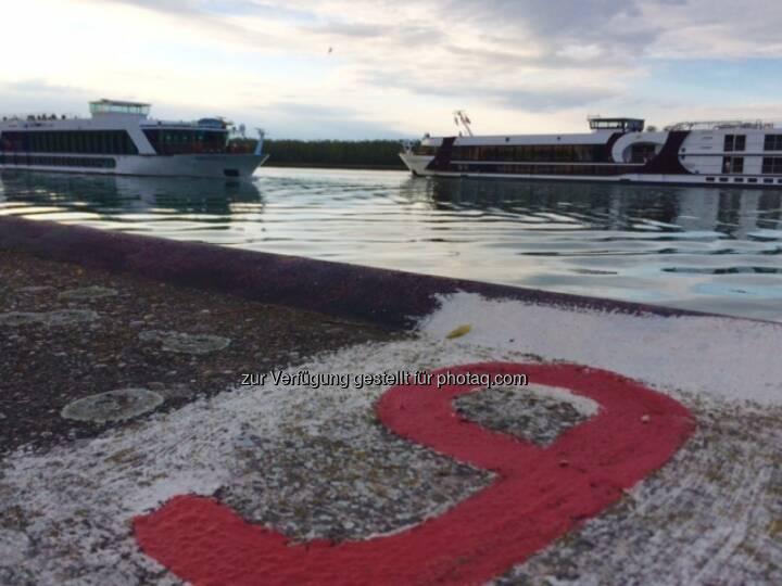 Donau, Schiff, Schiffe, 9, neun