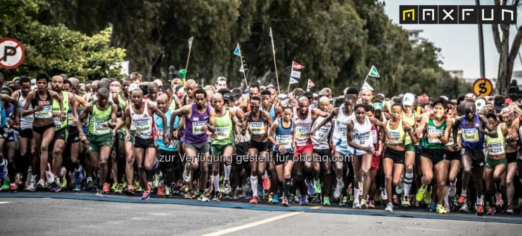 Kapstadt Marathon, Start, © Gerhard Böhm aus Kapstadt für MaxFun Sports (27.09.2015)