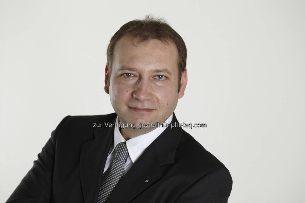 Hans Peter Werderitsch (Bundesobmann Maschinenring Österreich) : Maschinenring: Starker Partner am Land : Unternehmensentwicklung bleibt trotz mildem Winter stabil : Fotocredit: © Maschinenring, © Aussender (28.09.2015)
