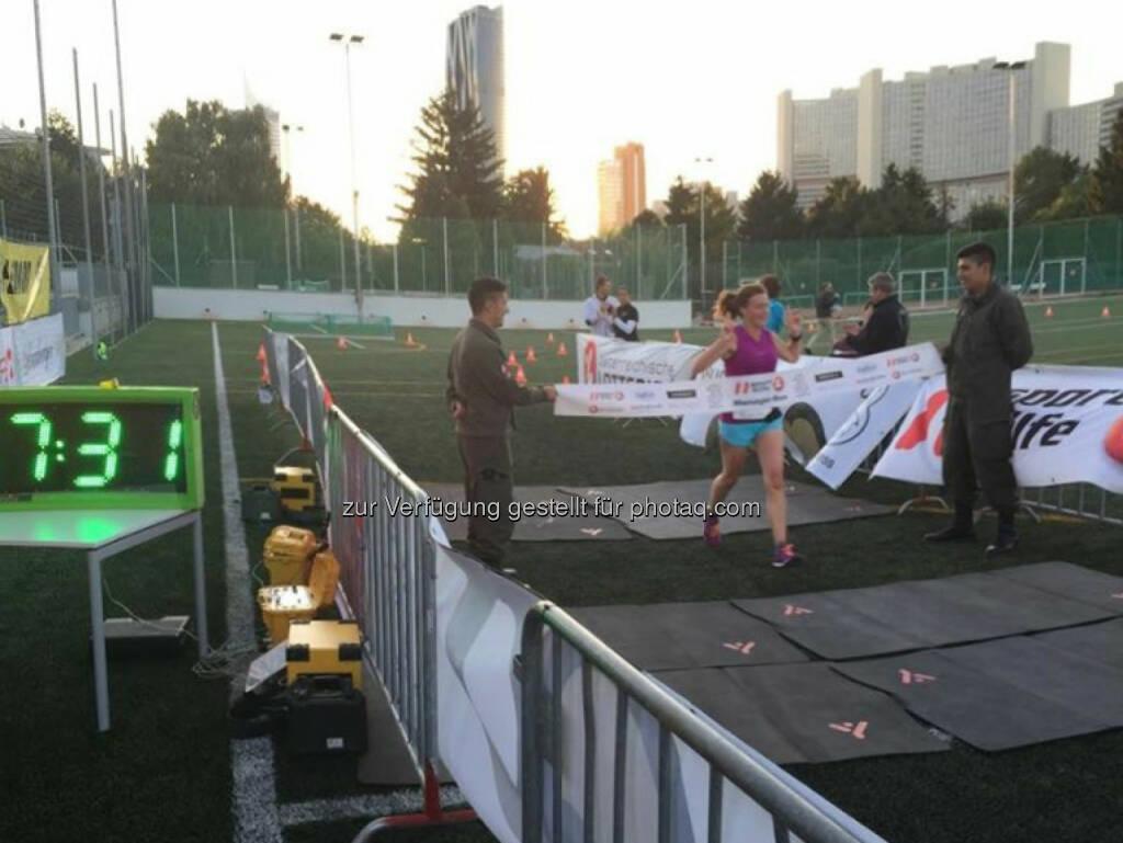 Zieleinlauf Sporthilfe Managerrun, © Martina Draper (29.09.2015)