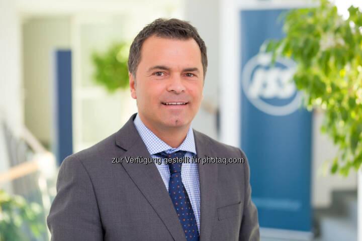 Erich Steinreiber (CEO, ISS Österreich) : ISS Facility Services GmbH : Arbeitsplätze für 100 Flüchtlinge : Fotocredit: ISS/Schedl