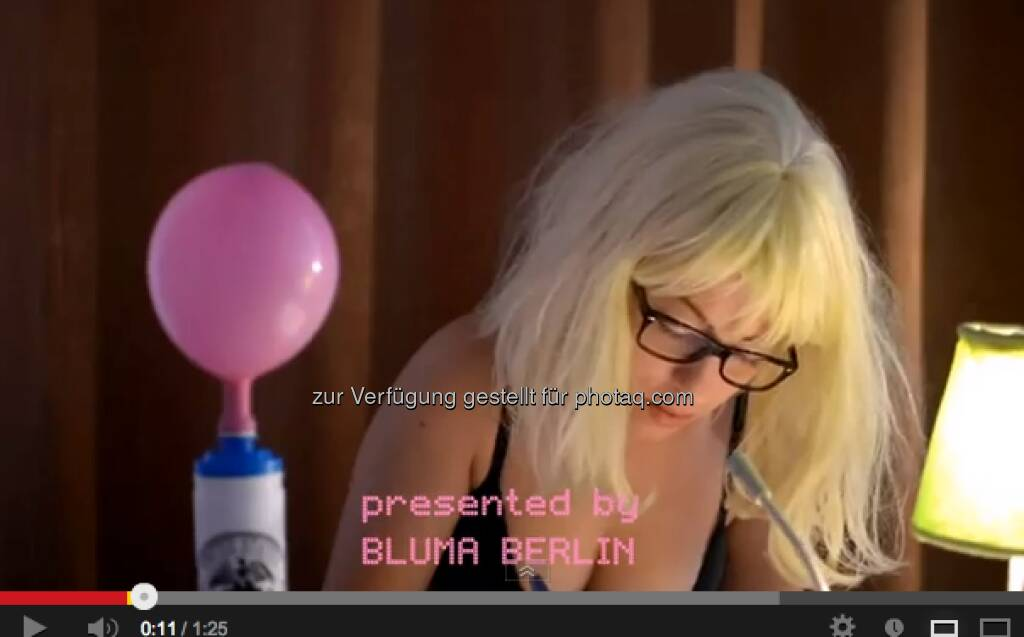 Bluma Berlin und die Bond Bubble Vorhersage von Marc Faber https://www.youtube.com/watch?feature=player_embedded&v=qOAZLYDdFcY (23.03.2013)