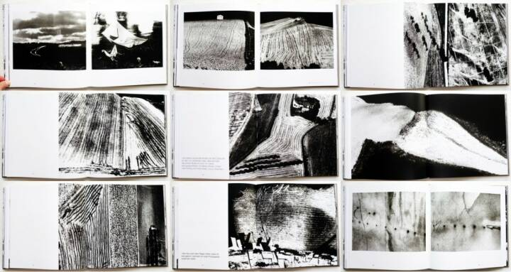 Mario Giacomelli - Hinter dem Schleier der Realität / Under the Skin of Reality, Till Schaap Edition/Schilt 2015, Beispielseiten, sample spreads - http://josefchladek.com/book/mario_giacomelli_-_hinter_dem_schleier_der_realitat_under_the_skin_of_reality