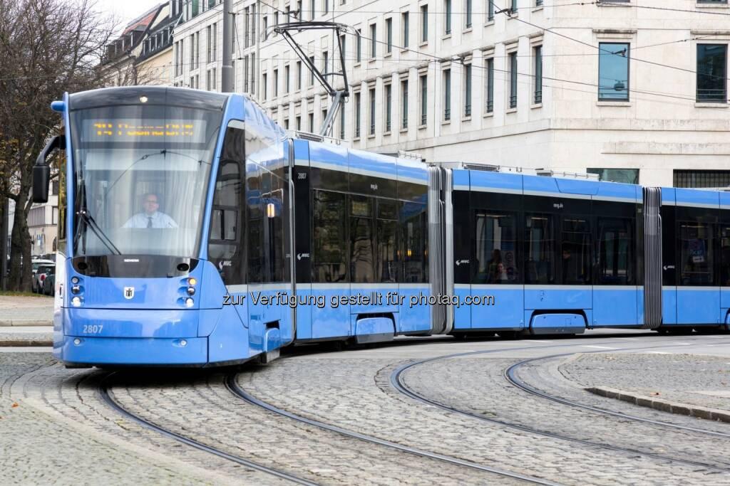 Tram Typ Avenio in München : München bestellt Straßenbahnen bei Siemens, gebaut werden die Straßenbahnen im Siemens-Werk in Wien : © Siemens, © Aussendung (02.10.2015)