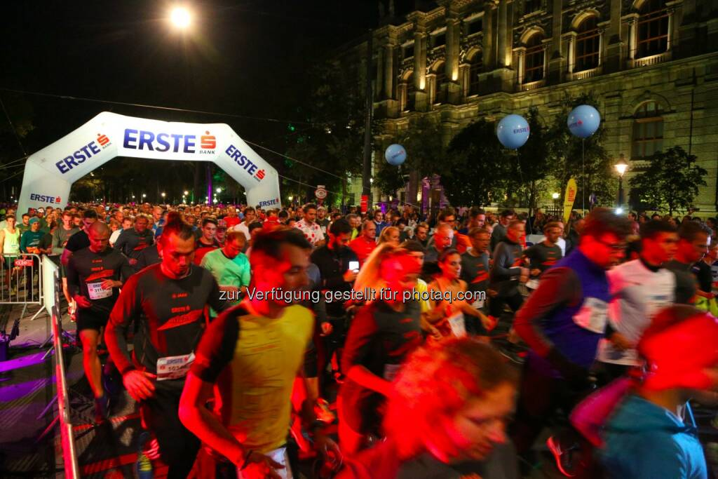erste bank vienna night run 2015, Start, © leisure.at/Ludwig Schedl (02.10.2015)