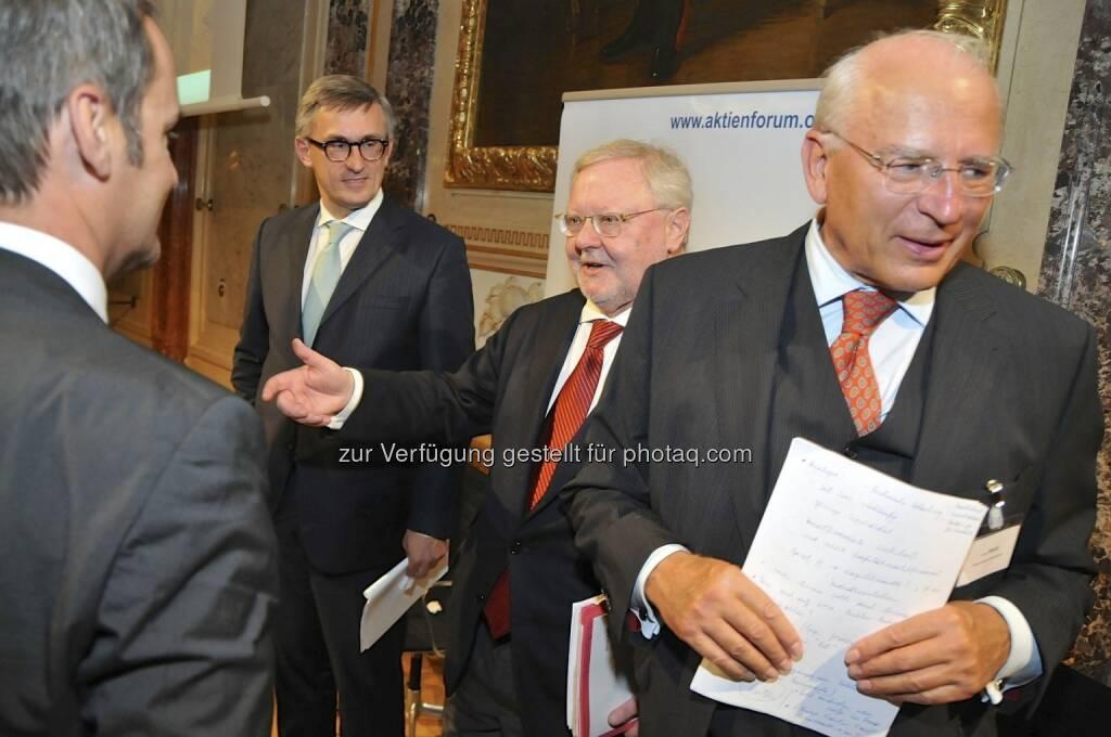 Robert Ottel (voestalpine / Aktienforum), Werner Muhm (AK), Claus Raidl (OeNB) (15.12.2012)