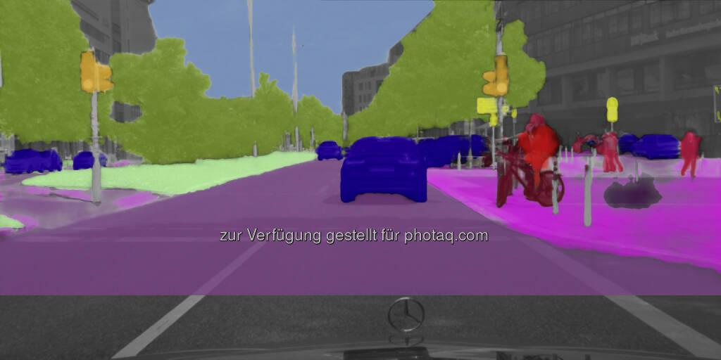 Forschungsprojekt UR:BAN : Assistenzsysteme für die Stadt : Gefahren sehen und erkennen wie der Mensch : Dank Szenen-Labeling zuverlässig komplexe Verkehrssituationen verstehen : ©Daimler AG, © Aussendung (07.10.2015)
