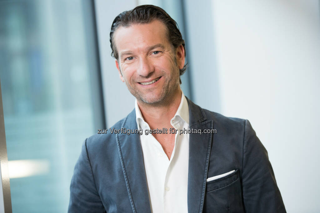 Oliver Krizek, Eigentümer und Geschäftsführer der Navax Unternehmensgruppe - Navax ist Microsoft Business Solutions Partner of the Year 2015 (Bild: Navax), © Aussender (13.10.2015)