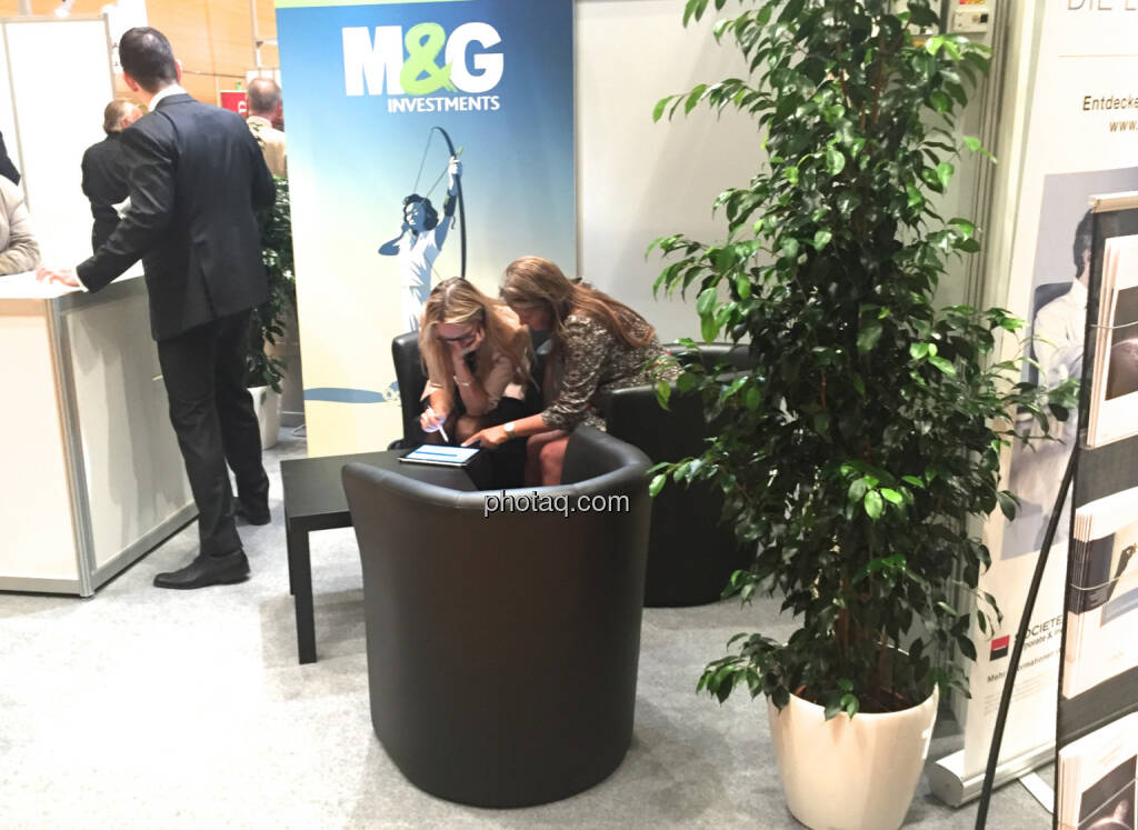M&G (Handybild), © Martina Draper/photaq (16.10.2015)