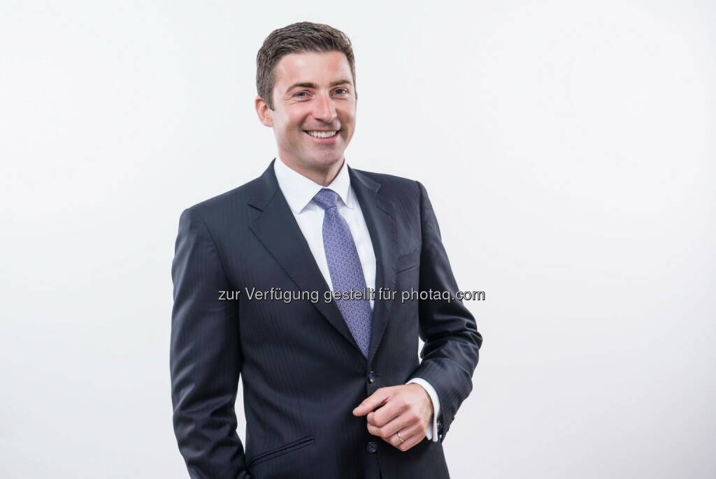 Günther Helm (Sprecher der Geschäftsleitung und Generaldirektor der Hofer KG) : Mit Highspeed durchs Internet: Mobilfunker HoT bringt LTE-Vergnügen zum Hofer-Preis : Fotocredit: Hofer, © Aussender (20.10.2015)