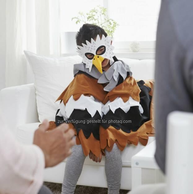 """Adler, Lattjo Kollektion : DreamWorks erweckt Ikea Figuren zum Leben : Eines der bekanntesten Animationsstudios der Welt, DreamWorks, hat jetzt den jüngsten """"Helden"""" aus Schweden Leben eingehaucht – dem Adler, der sich vor der Höhe fürchtet, ebenso wie der Wurzelkönigin, die zwischen zwei Welten festsitzt : DreamWorks hat rund um diese Figuren eine ganze Reihe von kurzen Zeichentrickfilmen geschaffen : ©Ikea, © Aussendung (22.10.2015)"""