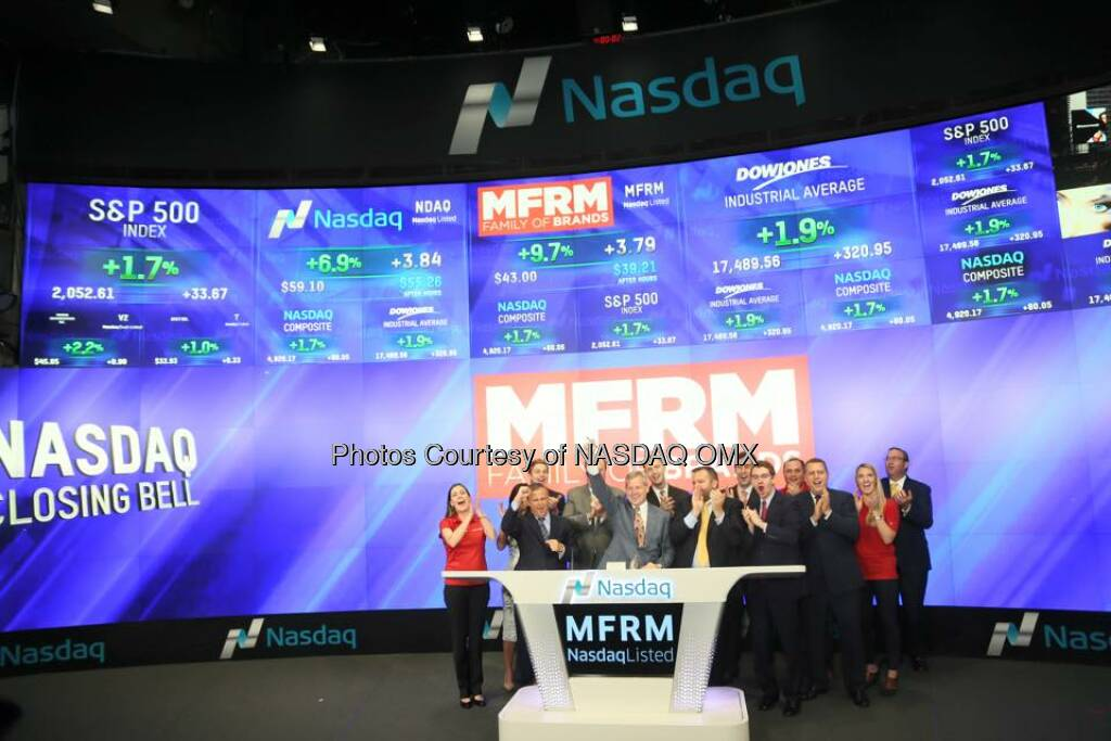 Mattress Firm rings the Nasdaq Closing Bell! $MFRM #MattressFirm #SleepHappy  Source: http://facebook.com/NASDAQ (23.10.2015)