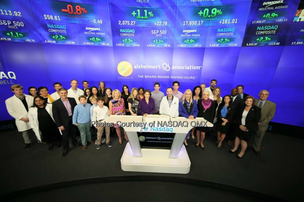 The Alzheimer's Association rang the Nasdaq Closing Bell! #alzheimers #endalz  Source: http://facebook.com/NASDAQ (25.10.2015)