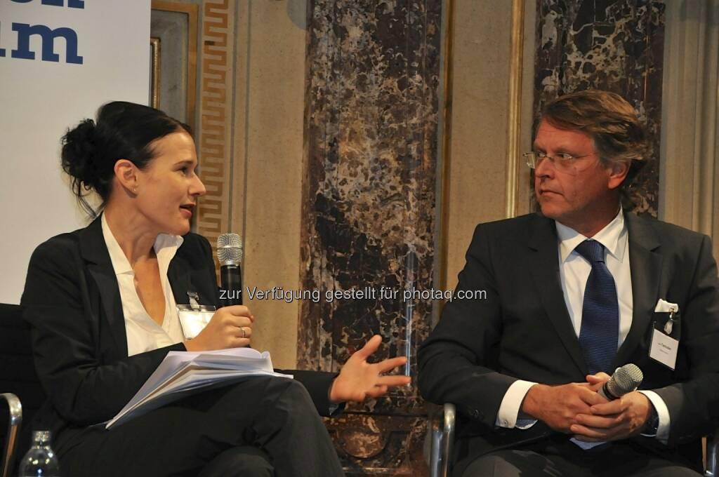 Bettina Schragl (Börse Express), Hans Tschuden (Telekom Austria) (15.12.2012)