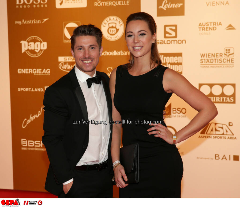 Marcel Hirscher, Laura Moisl : Photo: GEPA pictures/ Walter Luger (30.10.2015)