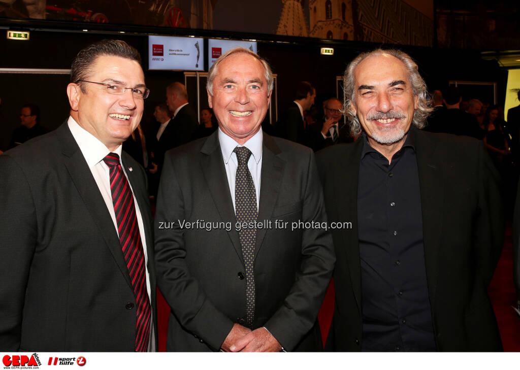 Hermann Krist, Karl Schranz, Peter Kleinmann : Photo: GEPA pictures/ Hans Oberlaender (30.10.2015)