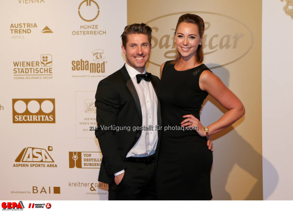Marcel Hirscher, Laura Moisl : Photo: GEPA pictures/ Christian Walgram (30.10.2015)