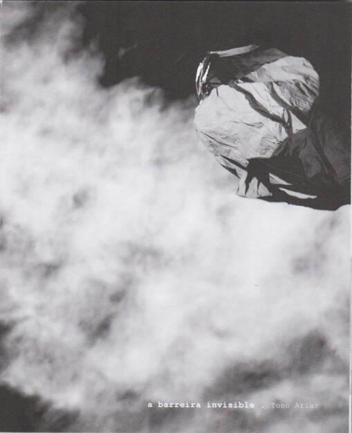 Tono Arias - a barreira invisible, Dispara 2015, Cover - http://josefchladek.com/book/tono_arias_-_a_barreira_invisible, © (c) josefchladek.com (02.11.2015)