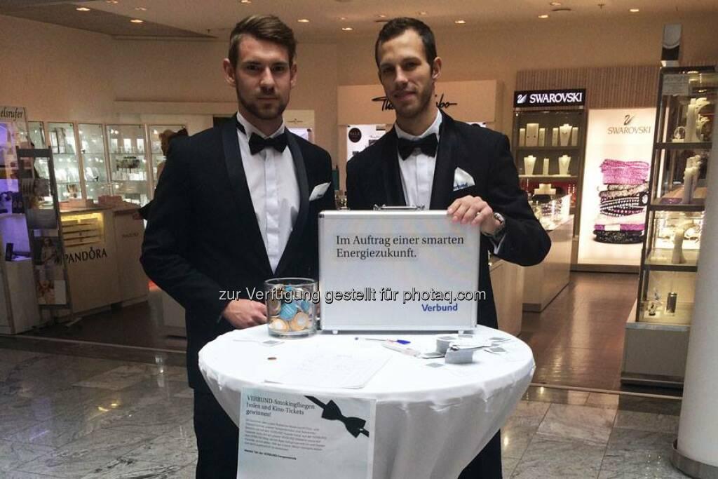 Verbund: Nutzt eure Chance Kinotickets für den neuen James Bond zu gewinnen! Heute erwarten euch unsere Agenten in der Millenium City und im  FORUM 1 - Shopping am Bahnhof . Wir wünschen euch viel Glück! http://to.verbund.com/1LxwSIJ  Source: http://facebook.com/verbund, © Aussender (04.11.2015)