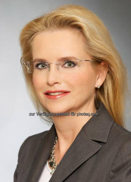 Johanna Lesjak : Neue Direktorin Marketing & Communications von Fujitsu Österreich: © Huger , © Aussendung (09.11.2015)