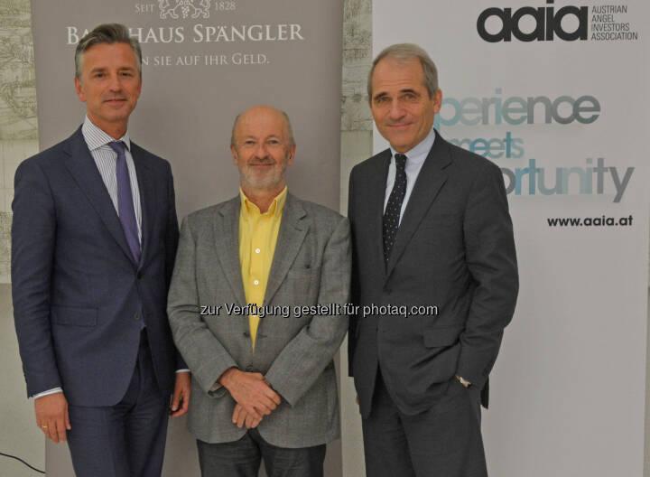 """Der österreichische """"Business Angel"""" Hansi Hansmann (M.) referierte in Salzburg auf Einladung von Werner G. Zenz (l.) und Helmut Gerlich (Vorstände im Bankhaus Spängler) (C) Bankhaus Spängler"""
