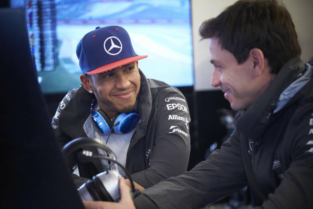 Mercedes : Lewis Hamilton, Toto Wolff (zur Verfügung gestellt von Rene Berger), © Aussendung (15.11.2015)