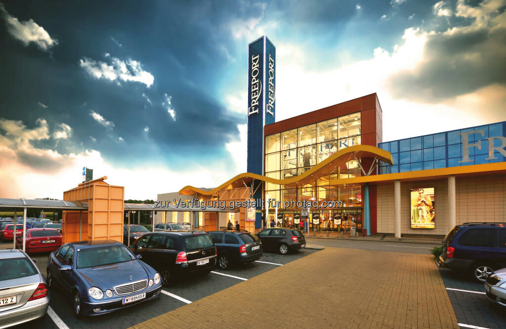 Freeport Fashion Outlet, Parndorf : Investoren des Fashion Outlet Parndorf erwerben das Freeport Fashion Outlet : ROS Retail Outlet Shopping ist neuer Betreiber des rund 22.400 Quadratmeter großen Outlet Centers : Fotocredit: Freeport Fashion Outlet, © Aussendung (16.11.2015)