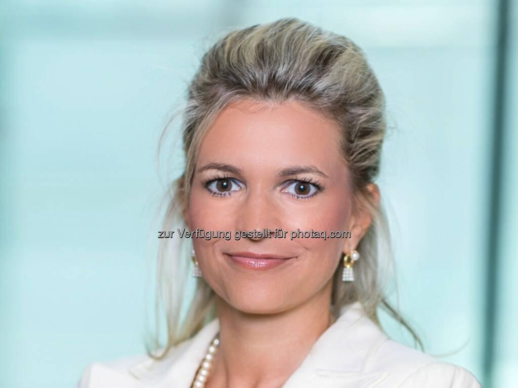 Julia Leeb : Erste Bank: seit 1.10.2015 neuer Bereich Großkunden und öffentlicher Sektor unter der Leitung von Julia Leeb : © Erste Bank/Daniel Hinterramskogler, © Aussendung (17.11.2015)