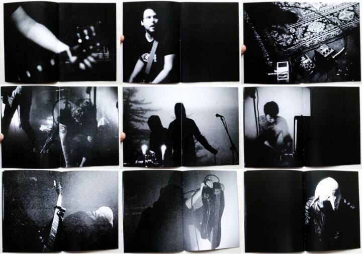 Sarah Kastrau - Life in a Hole, Self published 2015, Beispielseiten, sample spreads - http://josefchladek.com/book/sarah_kastrau_-_life_in_a_hole