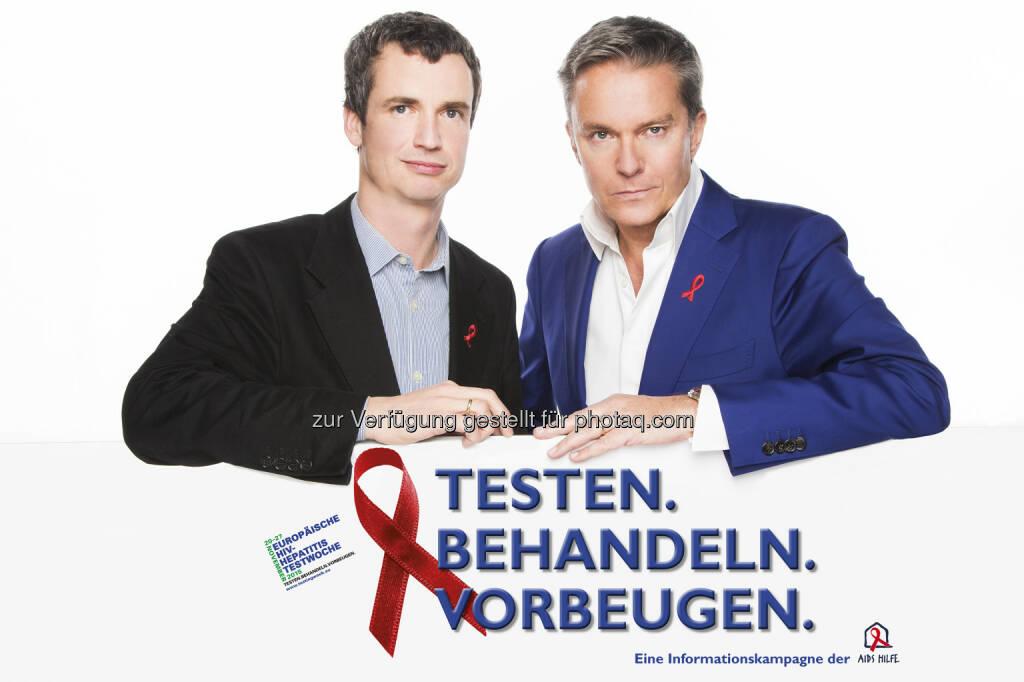 Philipp Dirnberger (GF Aids Hilfe Wien), Alfons Haider (Schauspieler) : Start der Europäischen HIV- und Hepatitis-Testwoche - eine frühe Diagnose bringt viele Vorteile : Fotocredit: Aids Hilfe Wien/Hammerschmid, © Aussender (19.11.2015)