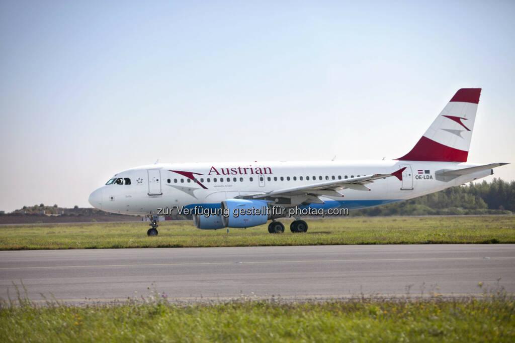 """Austrian AirbusA319 : Austrian Airlines nimmt Flüge nach Isfahan auf : Andreas Otto: """"Nach 30 Jahren neues Luftverkehrsabkommen zwischen Österreich und Iran verhandelt"""" : (c) Austrian Airlines – Michele Pauty, © Aussendung (24.11.2015)"""