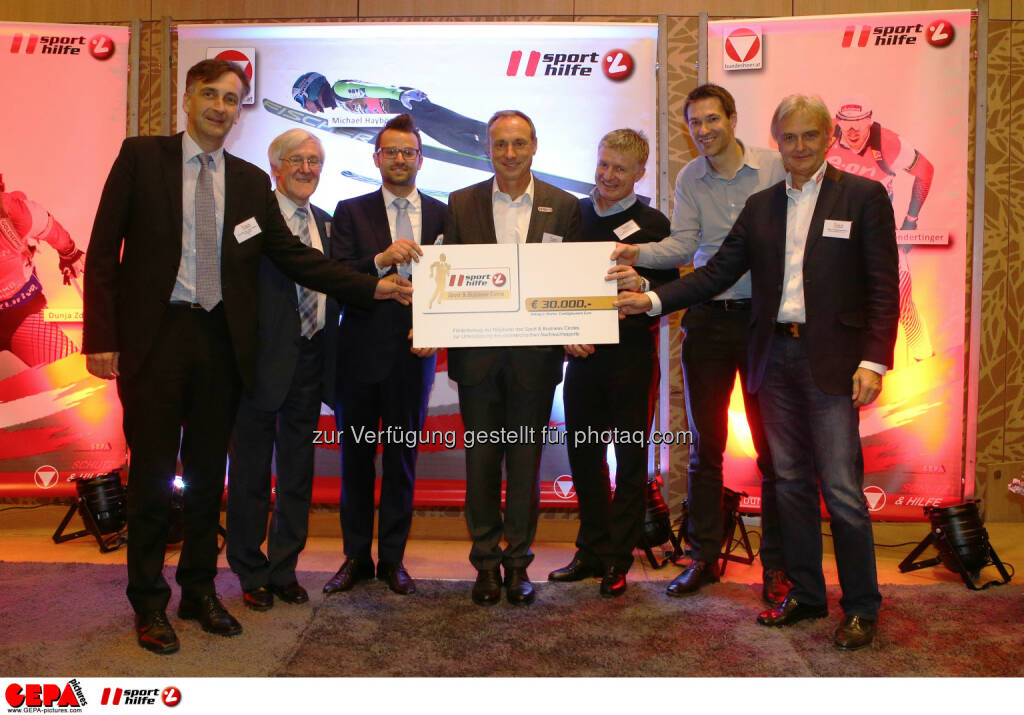 Johann Martin Schachner, Manfred Dimmy, Daniel Zuber, Anton Schutti (Sporthilfe), Thomas Schweda, Christoph Stadler and Wolgang Hoetschl (Kellys) (Photo: GEPA pictures/ Christian Ort), © Sporthilfe/GEPA (01.12.2015)