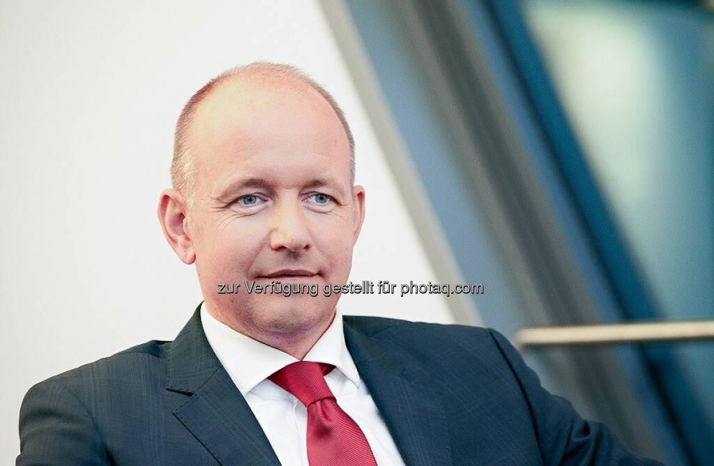Richard Zellmann, Geschäftsführer von First Private : Bewährungsprobe für vermögensverwaltende Fonds: First Private Wealth unter den Top 3 der Multi-Asset-Fonds : Fotocredit: www.red-robin.de, © Aussender (01.12.2015)