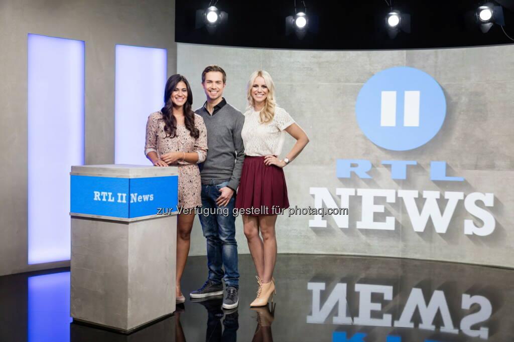Steffi Brungs, Christoph Hoffmann, Sandra Schneiders : Jung, authentisch, näher dran: RTL II News mit neuem Studio, Design und Konzept : Fotocredit: RTL II/Freude, © Aussendung (01.12.2015)