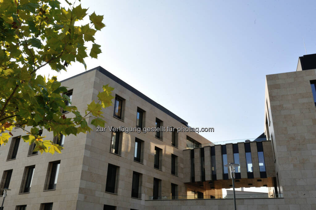 Lab Building West - das neue Laborgebäude am IST Austria-Campus : Ein neues Gebäude für experimentelle und theoretische Wissenschaft : Nanofertigungsanlage ermöglicht Ausweitung der Forschungsbandbreite : Fotocredit: IST Austria, © Aussendung (01.12.2015)