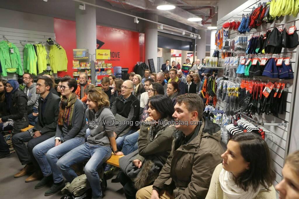 Wemove Running Store © Wally, © Wilhelm Lilge (01.12.2015)