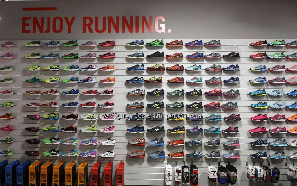 Wemove Running Store © Wally, © Wilhelm Lilge (01.12.2015)