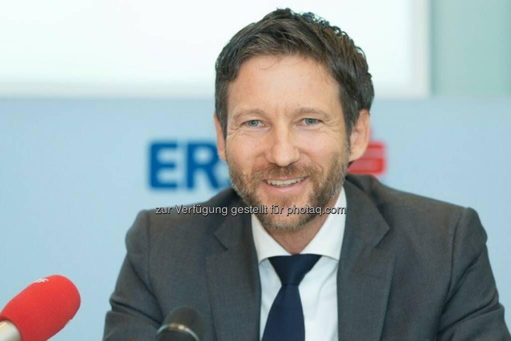 Thomas Schaufler (45) übernimmt mit 1.Februar 2016 im Vorstand die Verantwortung für das Privatkundengeschäft der Erste Bank Oesterreich : (C) Erste Bank - Hinterramskogler, © Aussendung (03.12.2015)