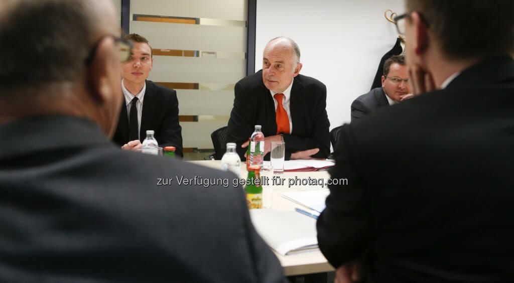 Der Kapitalmarktbeauftragte Wolfgang Nolz lud zur Diskussion der Reform der Zukunftsvorsorge ins BMF, © BMF (29.03.2013)