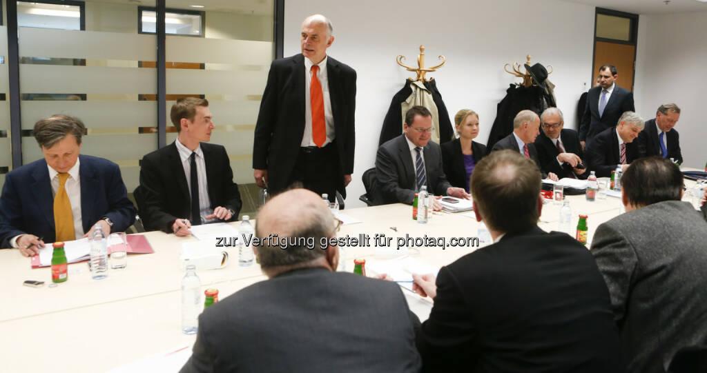 Der Kapitalmarktbeauftragt Wolfgang Nolz lud zur Diskussion der Reform der Zukunftsvorsorge ins BMF, © BMF (29.03.2013)