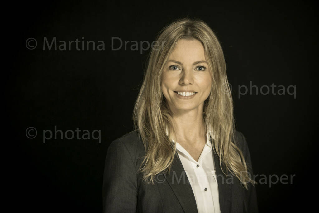 Halla Gudrun Mixa (Shazam-Österreich-Managerin) http://photaq.com/series, © Martina Draper/photaq (09.12.2015)