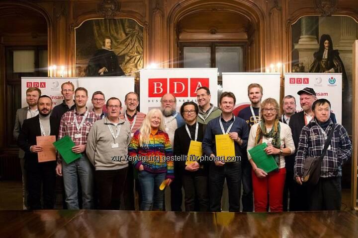 Preisträgerinnen und Preisträger von Wiki Loves Monuments und Wiki Loves Earth 2015 : In den Räumen des Bundesdenkmalamtes in der Wiener Hofburg Preisverleihung im Fokus des Erasmuspreises 2015 : Fotocredit: Tsui [CC-BY-SA 3.0-at]