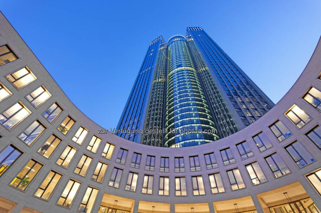 Tower 185, Frankfurt : CA Immo hat drei weitere Mietverträge über insgesamt rund 2.200 m² im Frankfurter Bürohochhaus Tower 185 abgeschlossen : Die Auslastung des über 100.000 m² großen Hochhauses liegt damit bei über 90% : © CA Immo, © Aussendung (14.12.2015)