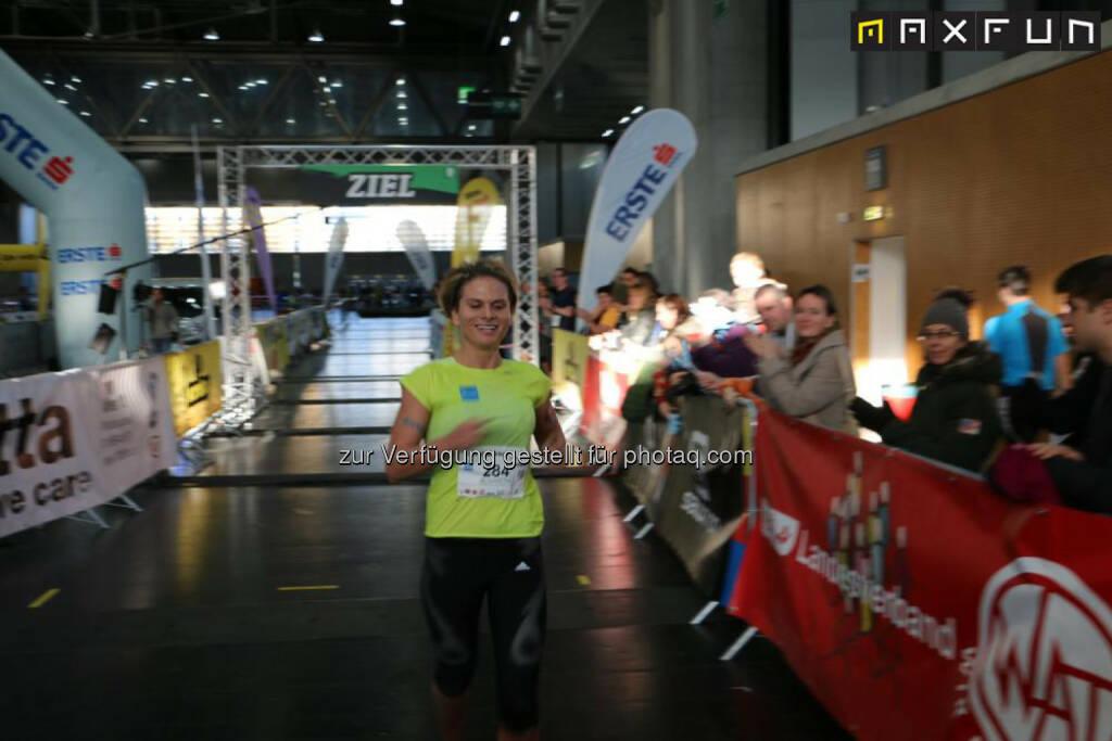 Elisabeth Niedereder: Sieg beim Vienna Indoor Trail Run über die 5km Distanz, © MaxFun Sports (14.12.2015)