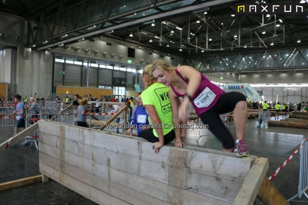 Vienna Indoor Trail, klettern, überwinden, Hürde, © MaxFun Sports (14.12.2015)