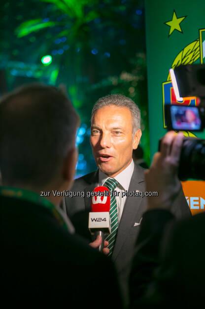Michael Krammer (SK Rapid-Präsident) : W24 zeigt exklusiv die Highlights der SK Rapid Weihnachtsfeier im Eventhotel Pyramide in Vösendorf : Fotocredit: Alexander Felten (16.12.2015)