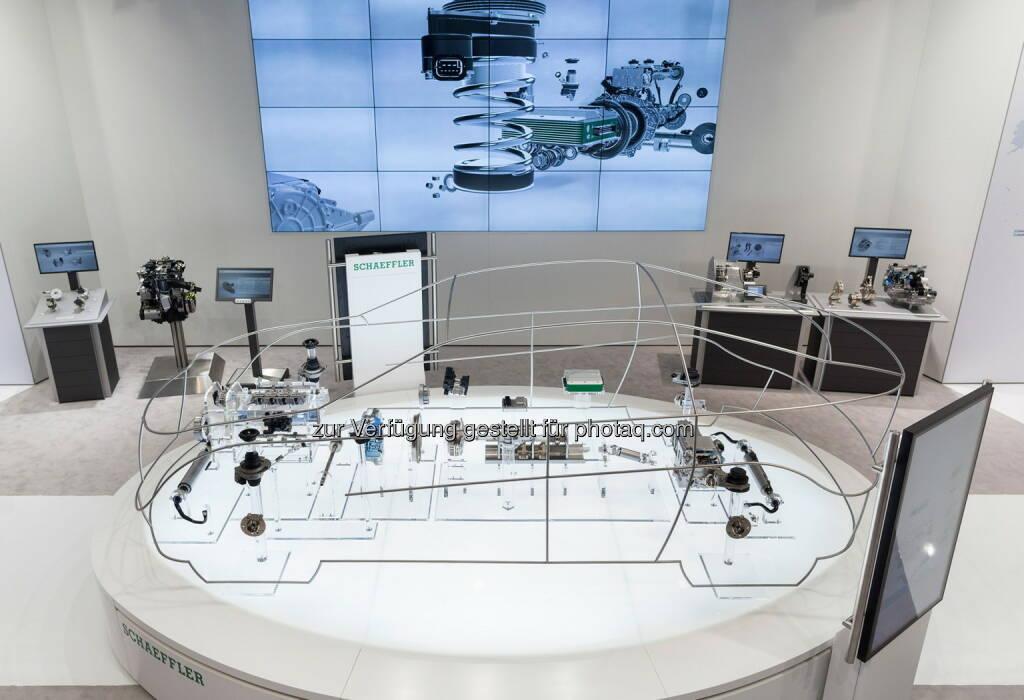 Glass Car : Schaeffler auf der North American International Auto Show (NAIAS) 2016 : Schaeffler zeigt Technologien für die Mobilität von morgen : Fotocredit: Schaeffler, © Aussendung (17.12.2015)